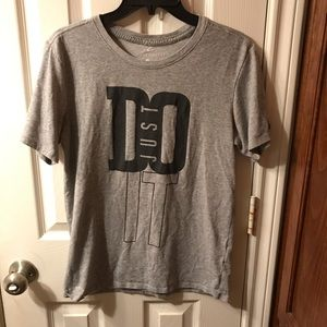 NIKE JUST DO IT T-SHIRT NEVER WORN SIZE SMALL